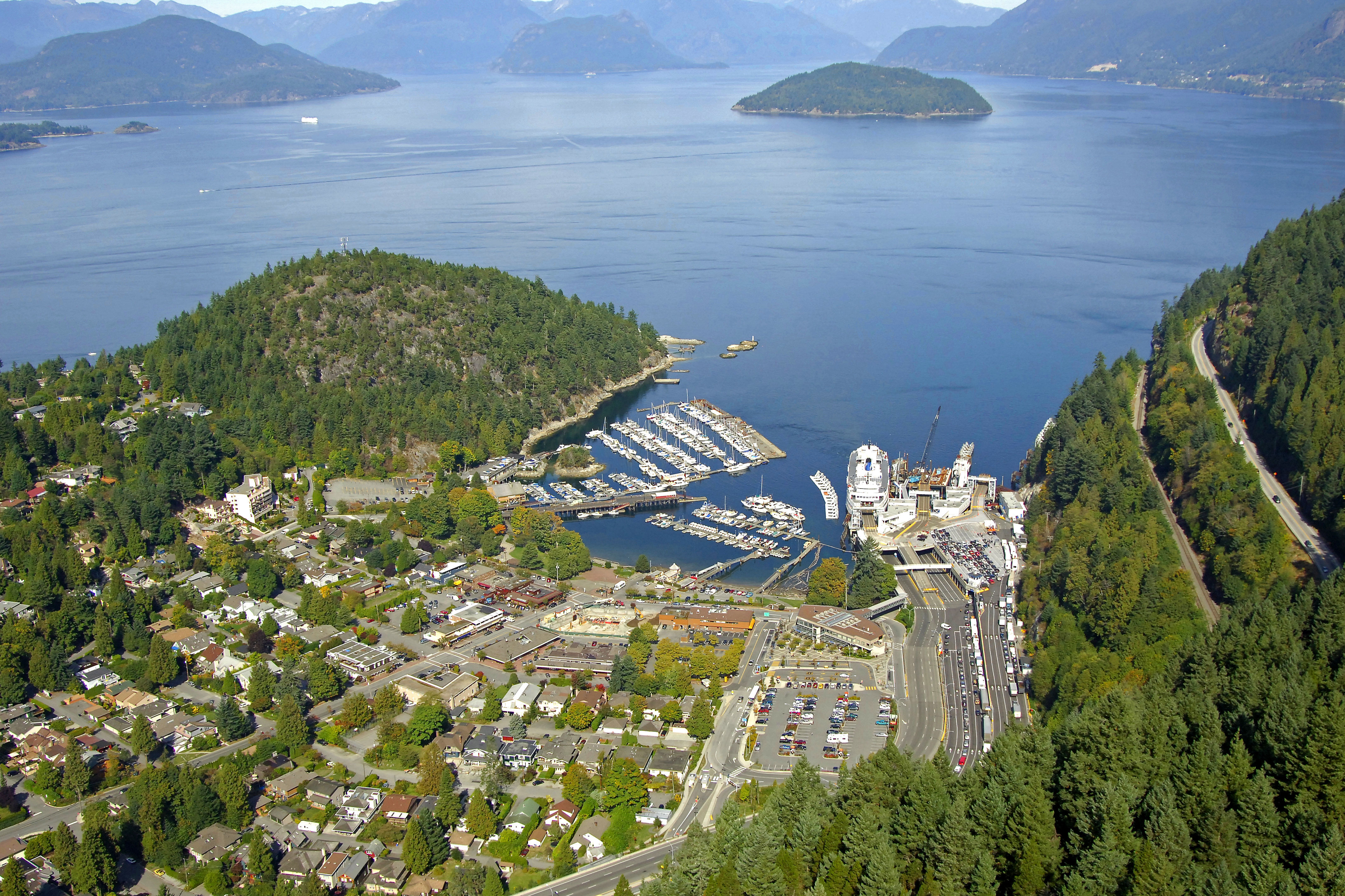 horseshoe bay in bc  canada - harbor reviews
