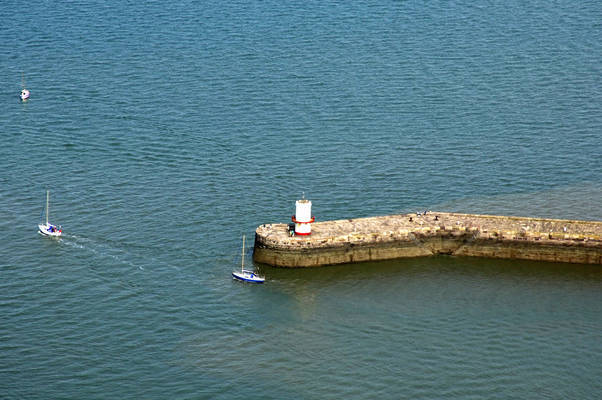 Whitehaven North Pier Light