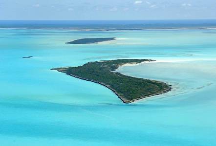 Lower Channel Cay Anchorage