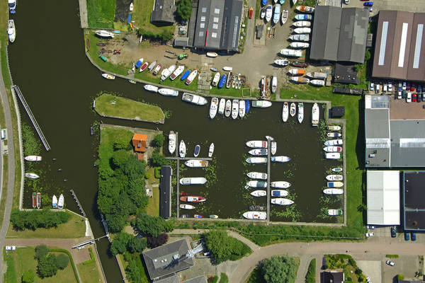 De Roskam Yacht Harbour