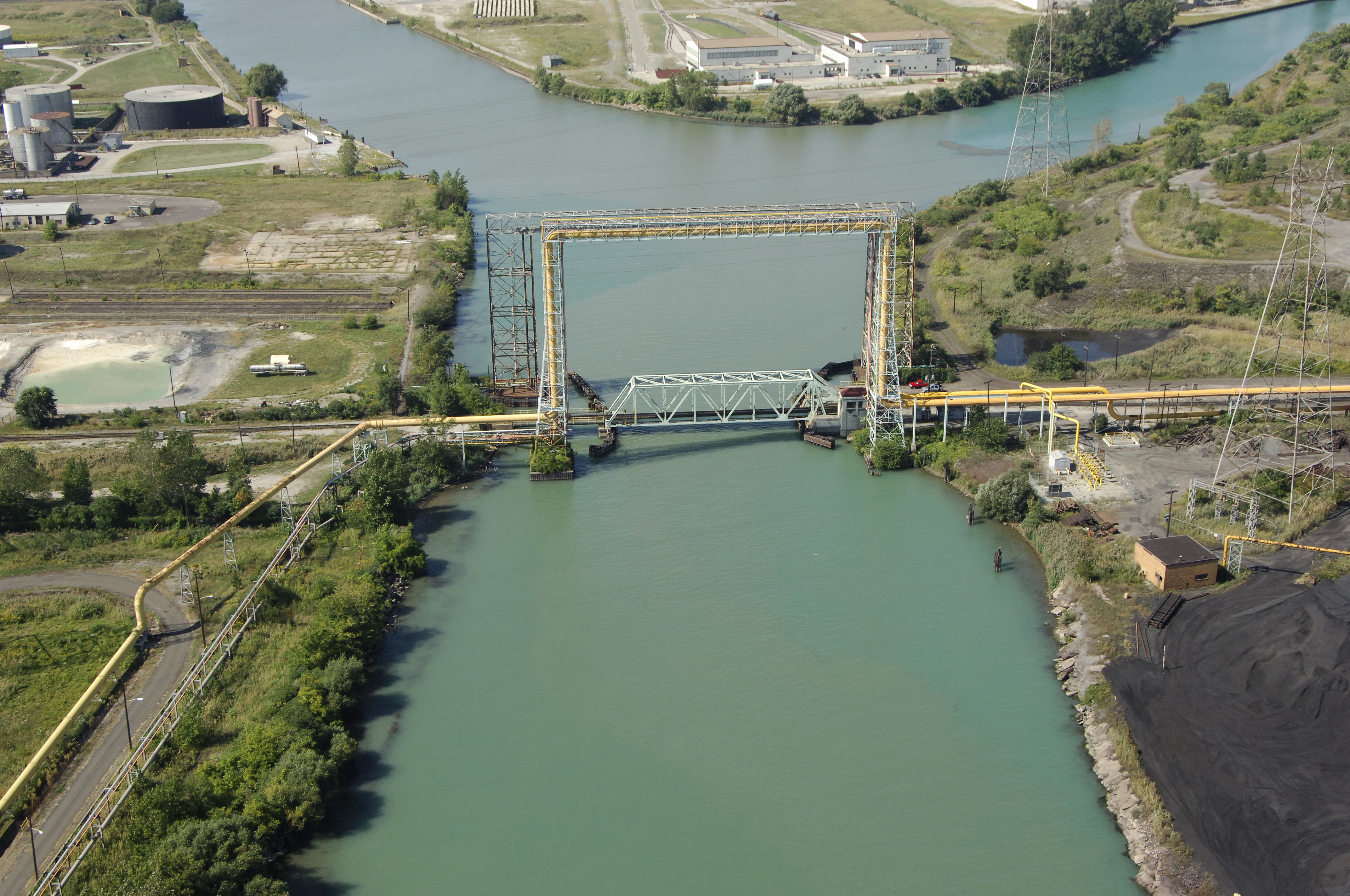 Detroit Toledo & Ironton Bascule Bridge in River Rouge, MI, United States - bridge Reviews ...