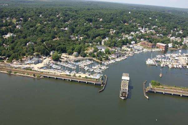Fort Rachel Marina