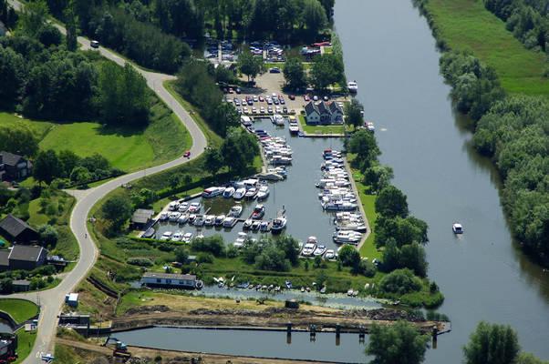 De Gors Yacht Harbour