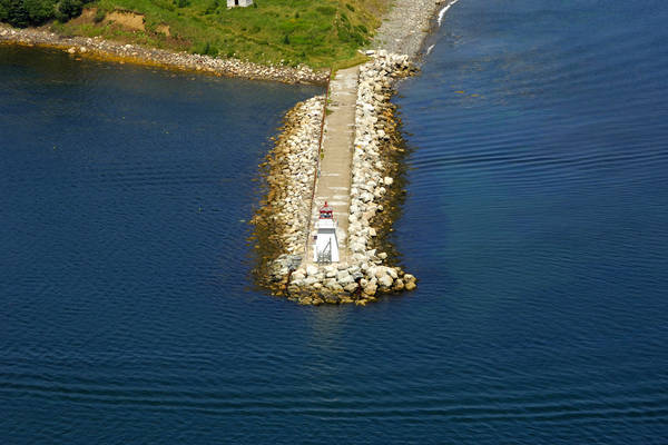 Battery Point Breakwater Lighthouse