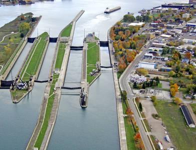 MacArthur Lock