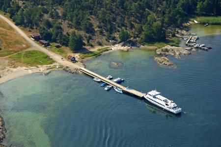 Naattaro Ferry
