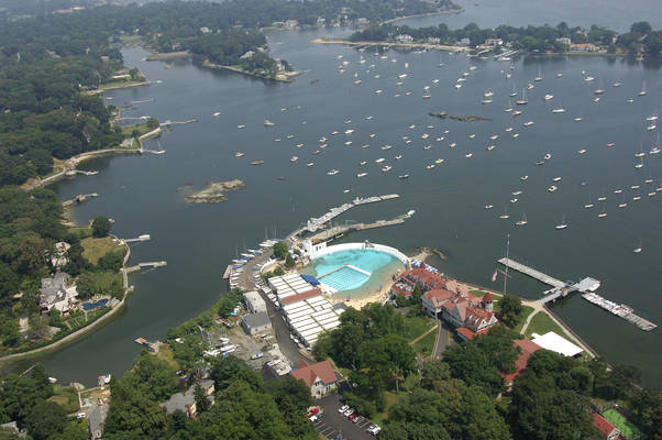Larchmont Yacht Club