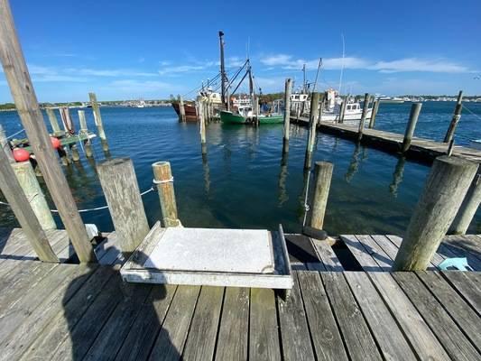 478 West Lake Marina