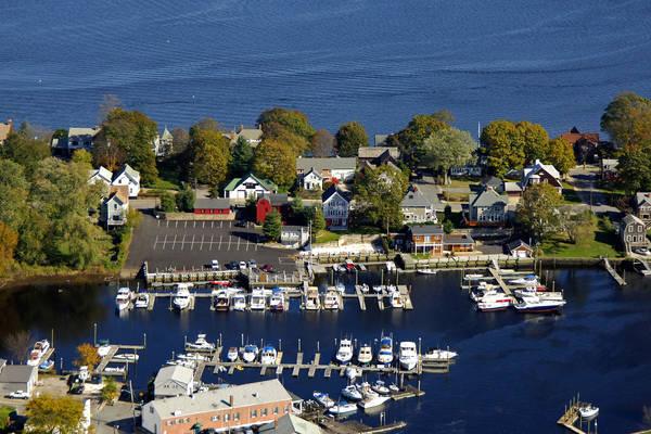 Pawtuxet Cove Marina