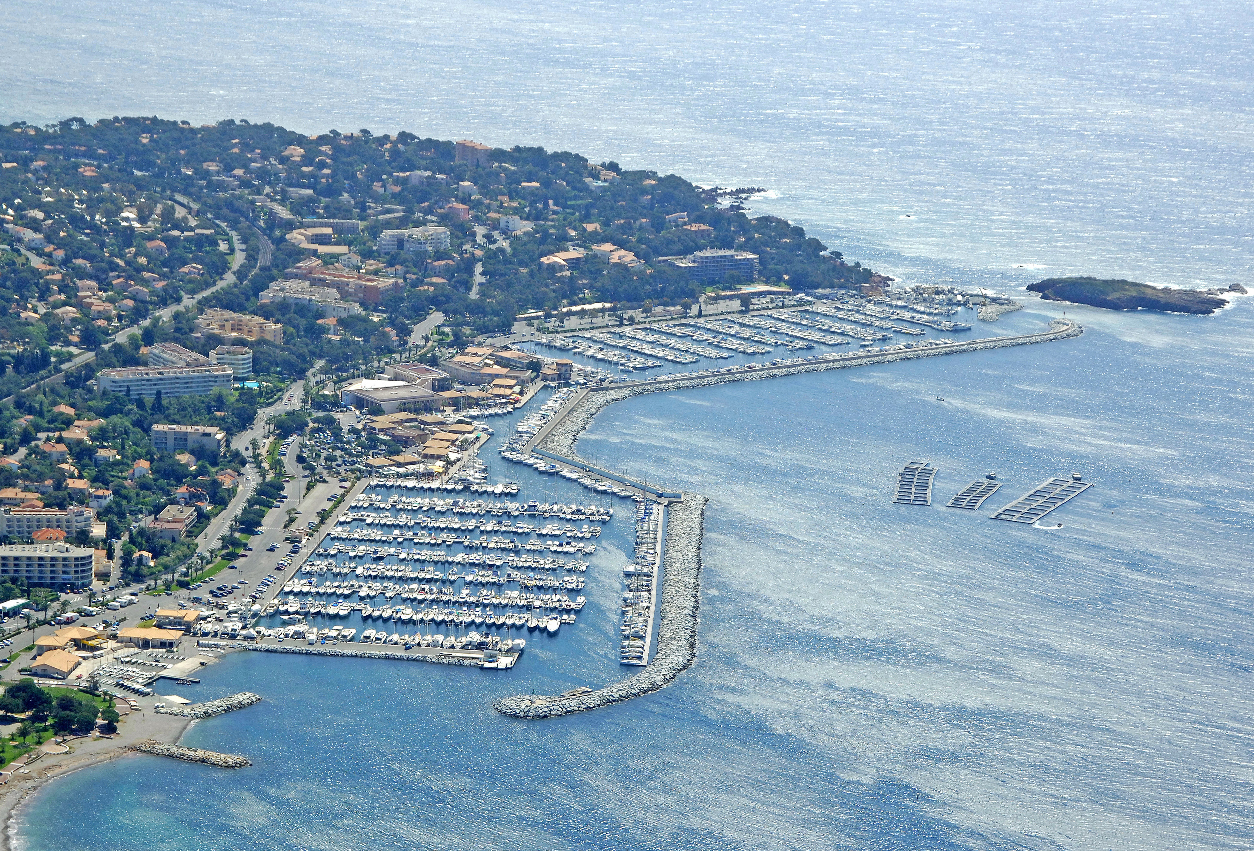 Port of santa lucia harbor in saint raphael france - Restaurant port santa lucia saint raphael ...