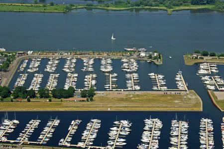 Drimmelen Watersport Marina