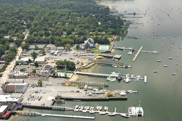 Manhasset Bay Ship Yard