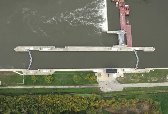 Illinois River Peoria Lock