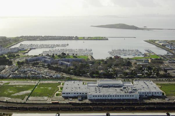 Marina Bay Yacht Harbor