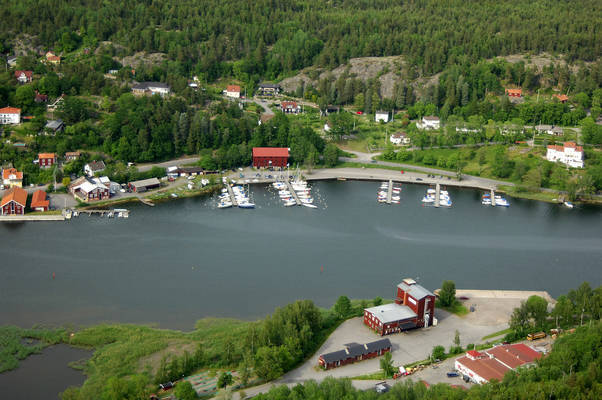Valdermarsvik Hamngatan Marina