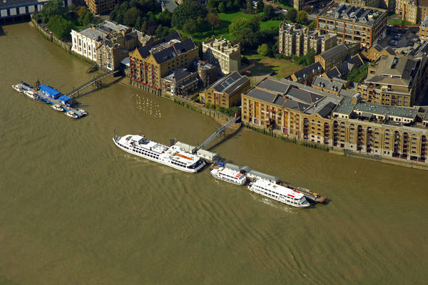 Wapping Pier