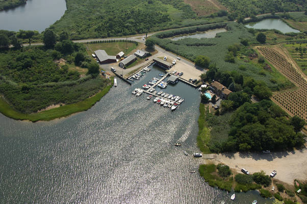 Narrow River Marina