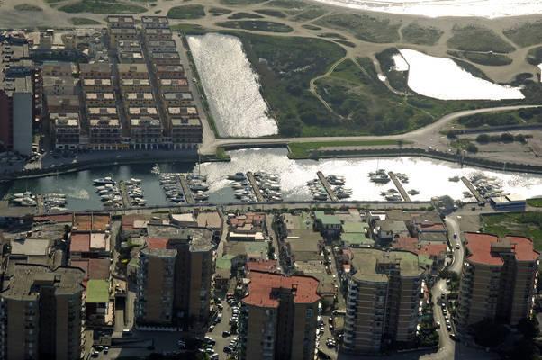 Coppola Pinetamare Marina