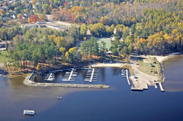 Deep River Yacht Club