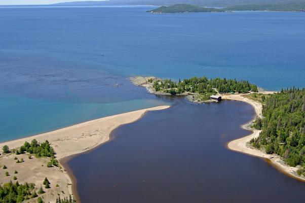 Michipicoten River Inlet