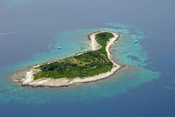 Gubavac Island Marina