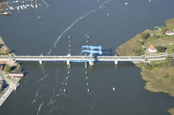 Peenemünder Street Bridge