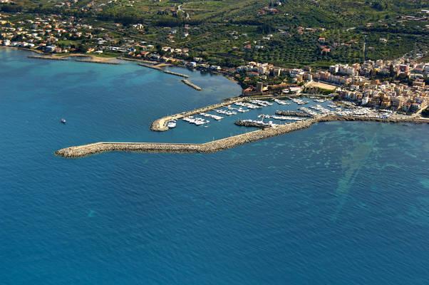 San Nicola L'Arena Marina