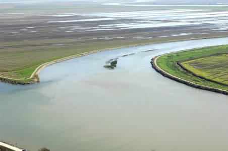 South Molekumne River Inlet