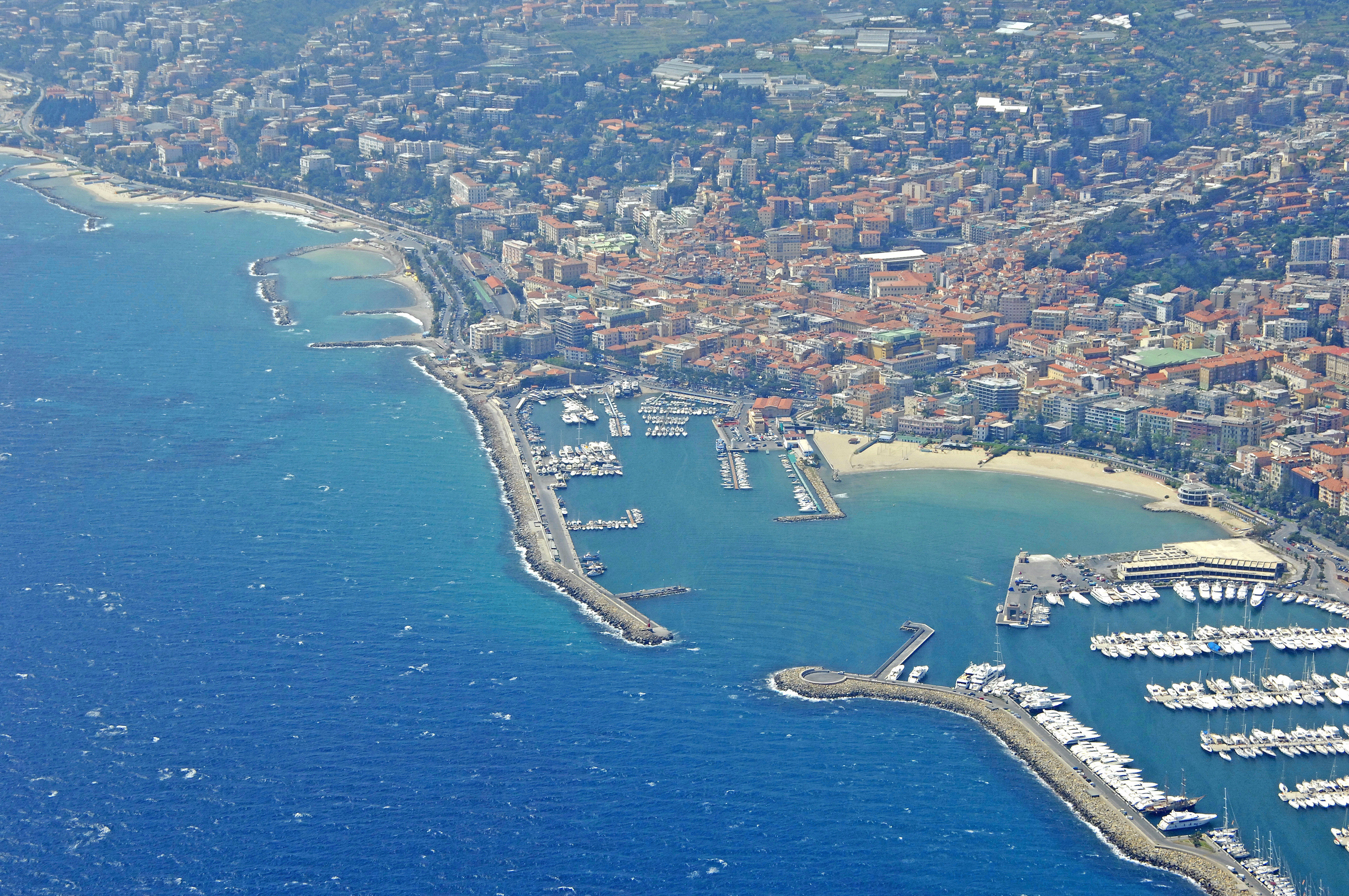 Zelt San Remo 6 : San remo public port in italy marina reviews phone