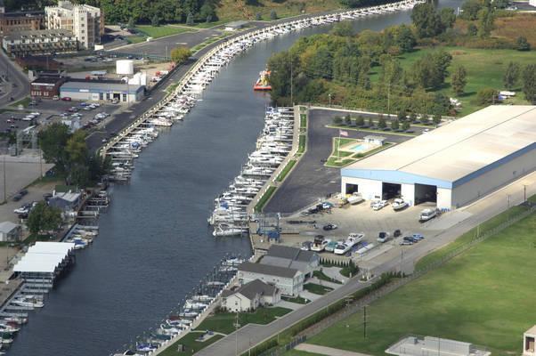 Pier 33 Marina