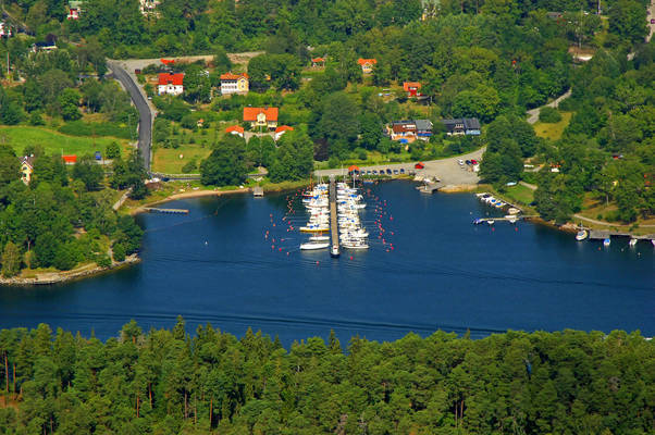 Laennersta Baatklubb Marina