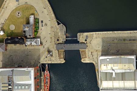 Albert Dock Lift Bridge