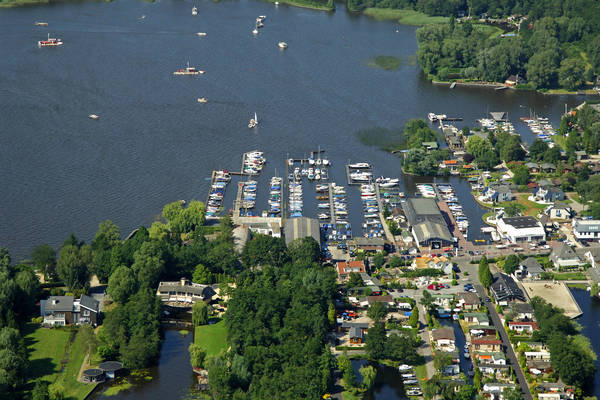 Pijl Watersport Vafamil Yacht Harbour