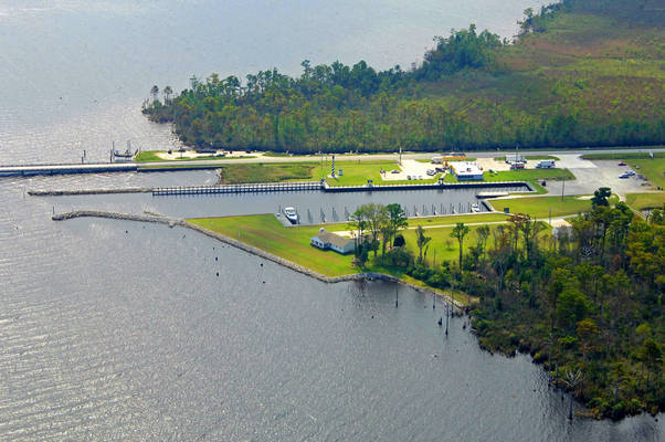Alligator River Marina