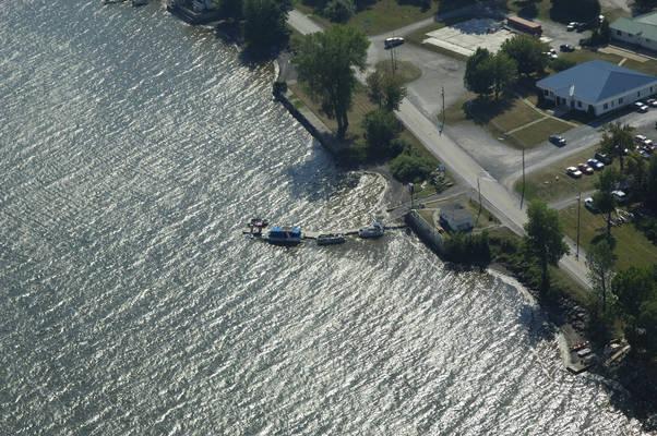Marina De La Baie