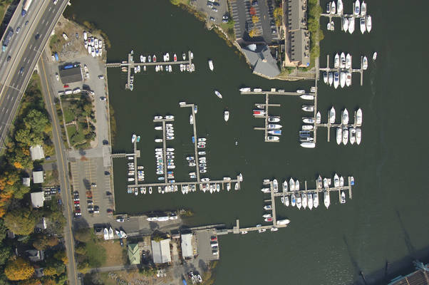 Mianus River Boat & Yacht Club