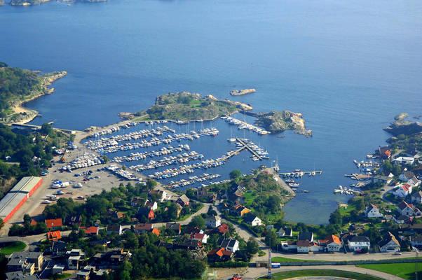 Kuholmen Yacht Harbour