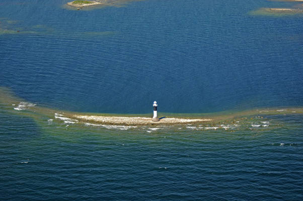 Finnrevet Lighthouse