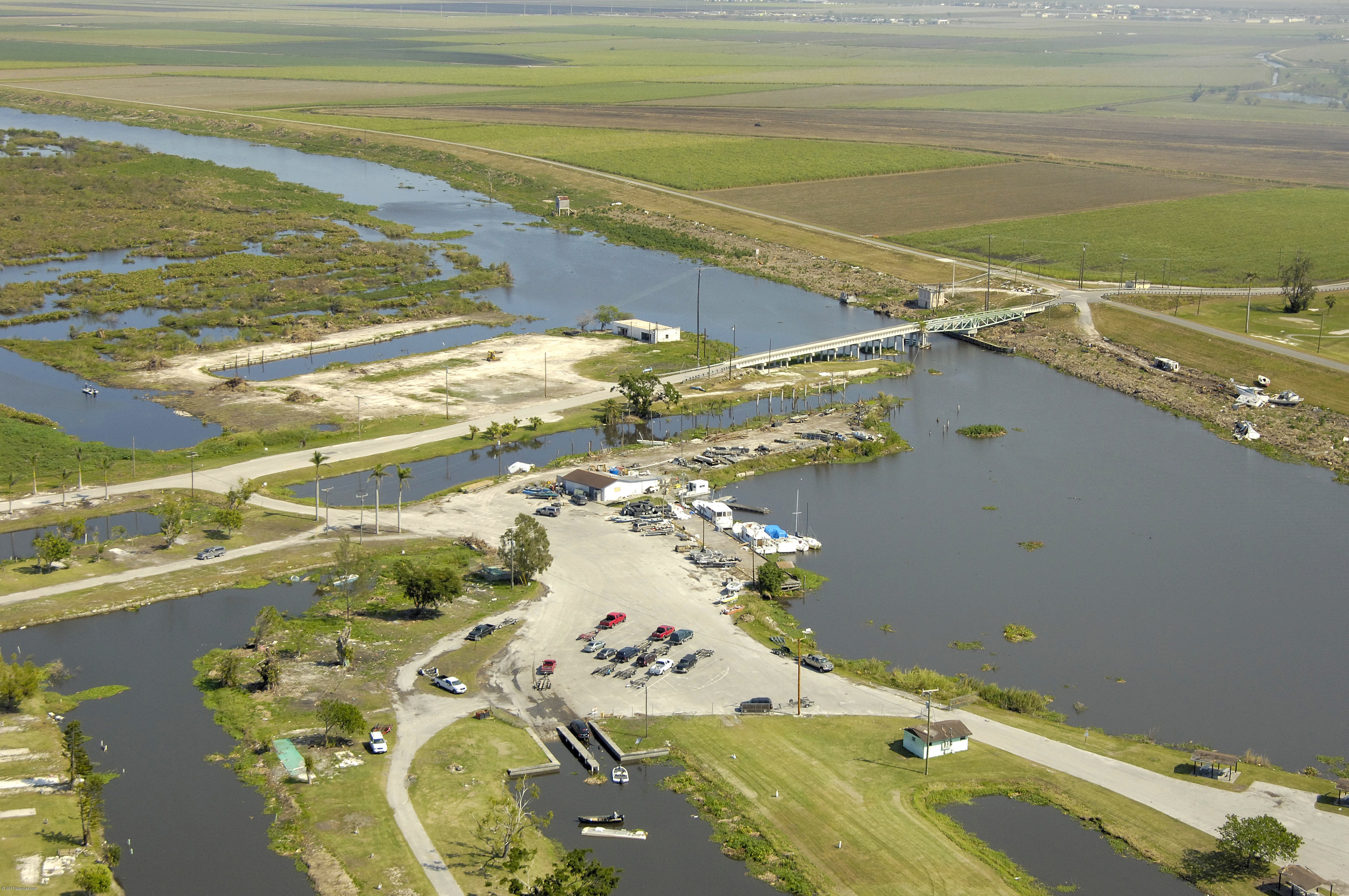 Slim 39 s fish camp in belle glade fl united states for Florida fish camps