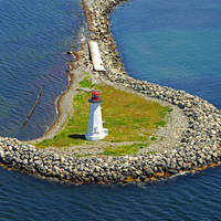 Maugher Beach Lighthouse