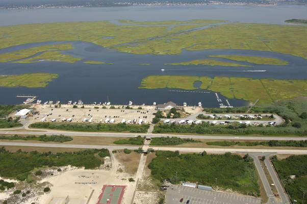 Cedar Beach Marina