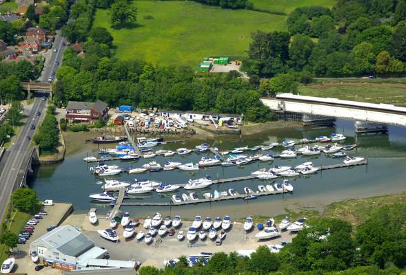 Cabin Boatyard