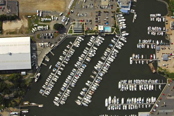 Vinings Landing Marina