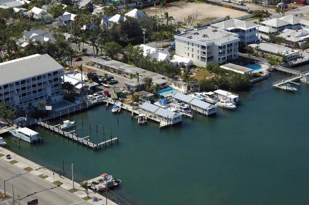 Harborside Motel & Marina