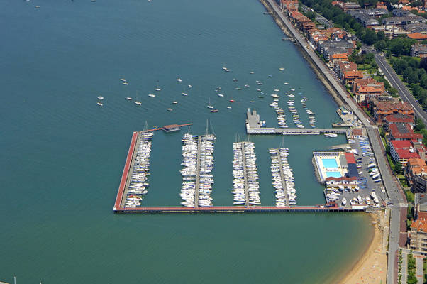 Real Club Maritimo Del Abra Marina