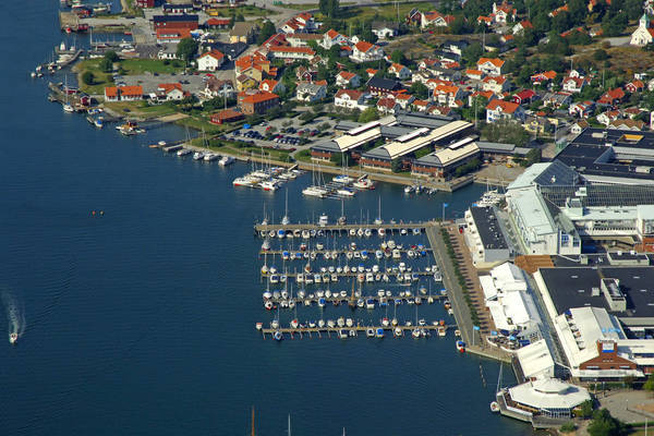 Stenungsund Torg Marina