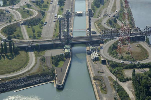 Pont Victoria Lift Bridge