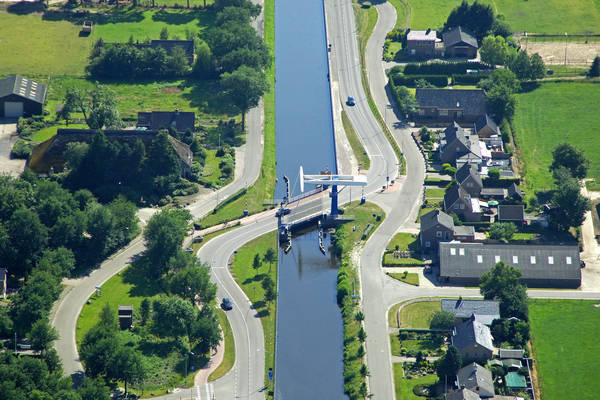 Veenhoops  Bridge