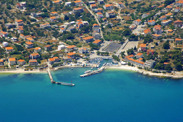 Slatine Harbour