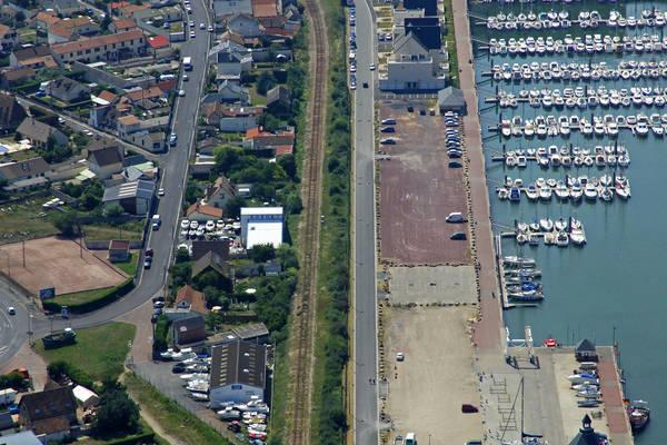 Beneteau Yacht Service